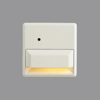 LEDフットライト ホワイト 照度センサー付 LED0.6W ナツメ球5W相当 温白色