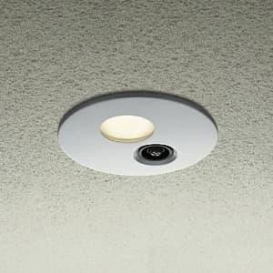 LEDダウンライト 高気密SGI形 屋外用 防滴形 人感センサー付 連動マルチタイプ 白熱灯60W相当 非調光タイプ 8W 電球色タイプ シルバー